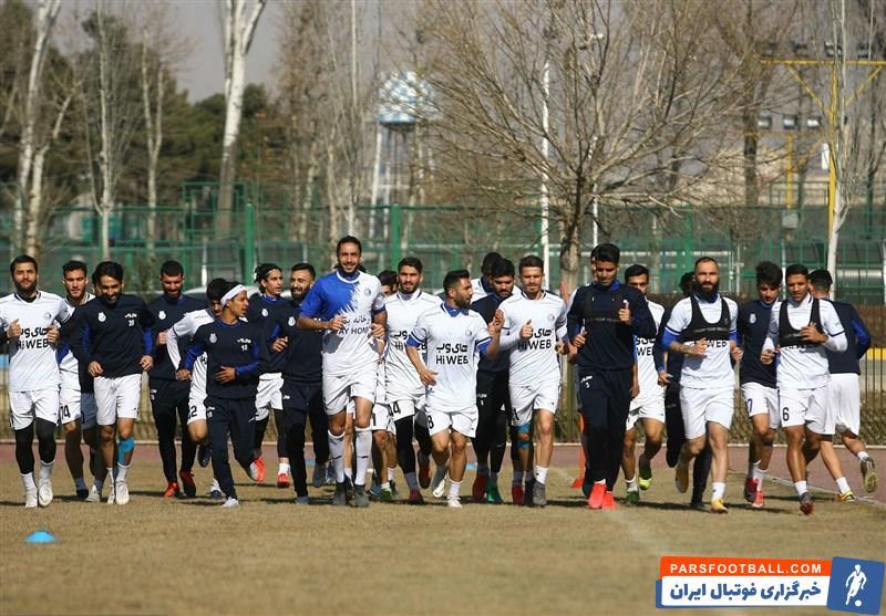 سرمربی استقلال تایید کرد ؛ آغاز تلاش آبی ها برای جذب بازیکنان جدید