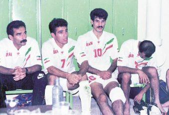 علی دایی و علیرضا منصوریان در رختکن تیم ملی در 25 سال قبل