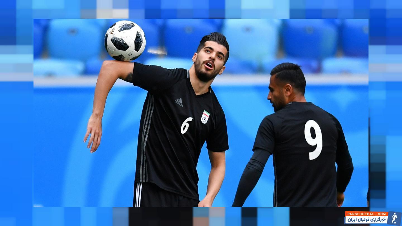 سعید عزت اللهی هافبک ملی پوش تیم وایله بولد کلاب دانمارک به عنوان بهترین هافبک دفاعی لیگ این کشور انتخاب شد و به تیم منتخب نیم فصل راه یافت.