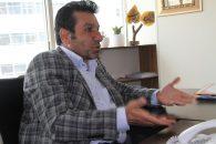 محمد مومنی ، پیشکسوت تیم استقلال خطاب به دستیاران محمود فکری گفت : شما در حد نام و نیمکت استقلال نیستید . فکری باید کادرش را تقویت کند.
