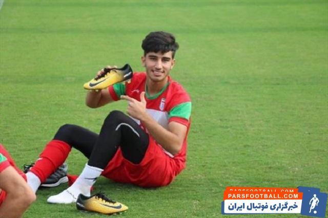 گفته می شود ، مجید جلالی ، سرمربی جدید نساجی محمد شریفی هافبک تیم پرسپولیس را برای تقویت نساجی در نیم فصل در نظر گرفته است.
