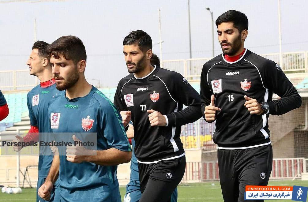 محمد عمری ، مهاجم تیم امید پرسپولیس در پیروزی هفت بر یک این تیم در برابر اتحاد سه گل را به ثمر رساند و به رده دوم جدول گلزنان لیگ امید های تهران صعود کند.