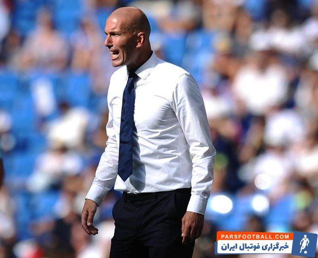 زین الدین زیدان ، سرمربی رئال مادرید با 27.8 فالوئری که در اینستاگرام دارند از هر پست تبلیغاتی در این پیج بیش از ۲۰۰ هزار یورو درآمد دارد.