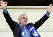 علی فتح الله زاده ، مدیرعامل پیشین استقلال عصر امروز در این باشگاه حاضر شد و درباره برخی از مسائل مالی دوران مدیریت خود صحبت هایی را انجام داد.