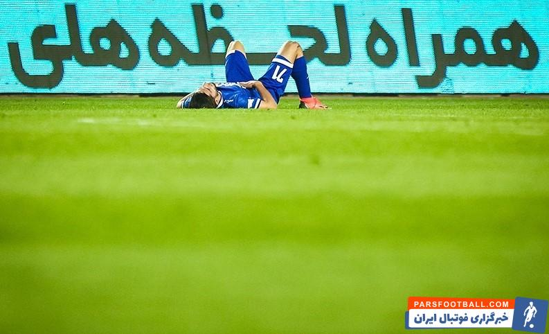 در کادر فنی محمود فکری یک نفر نیست که به بازیکنان بگوید اینجا استقلال است !