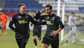 در هفته پانزدهم لیگ برتر اوکراین ، تیم زوریا در حضور شهاب زاهدی و اللهیار صیادمنش ، با نتیجه یک بر صفر ماریوپول را شکست داد . تک گل زوریا را زاهدی زد.