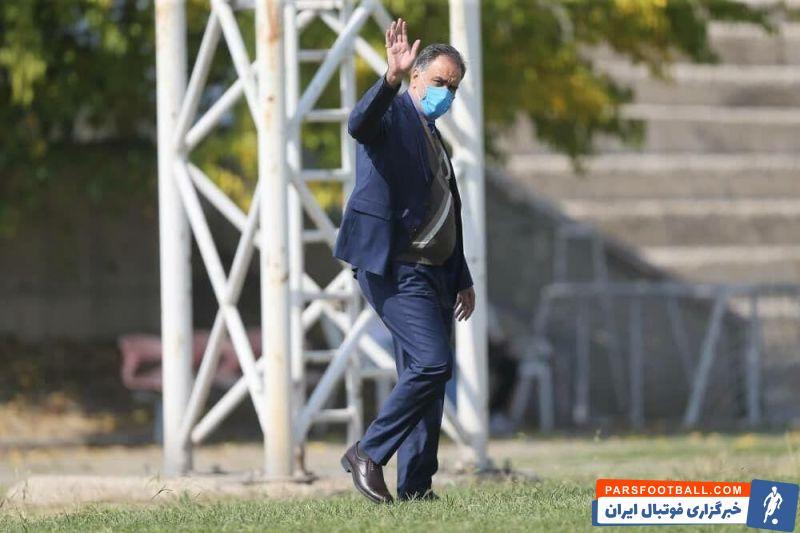 مژده احمد مددی به بازیکنان استقلال