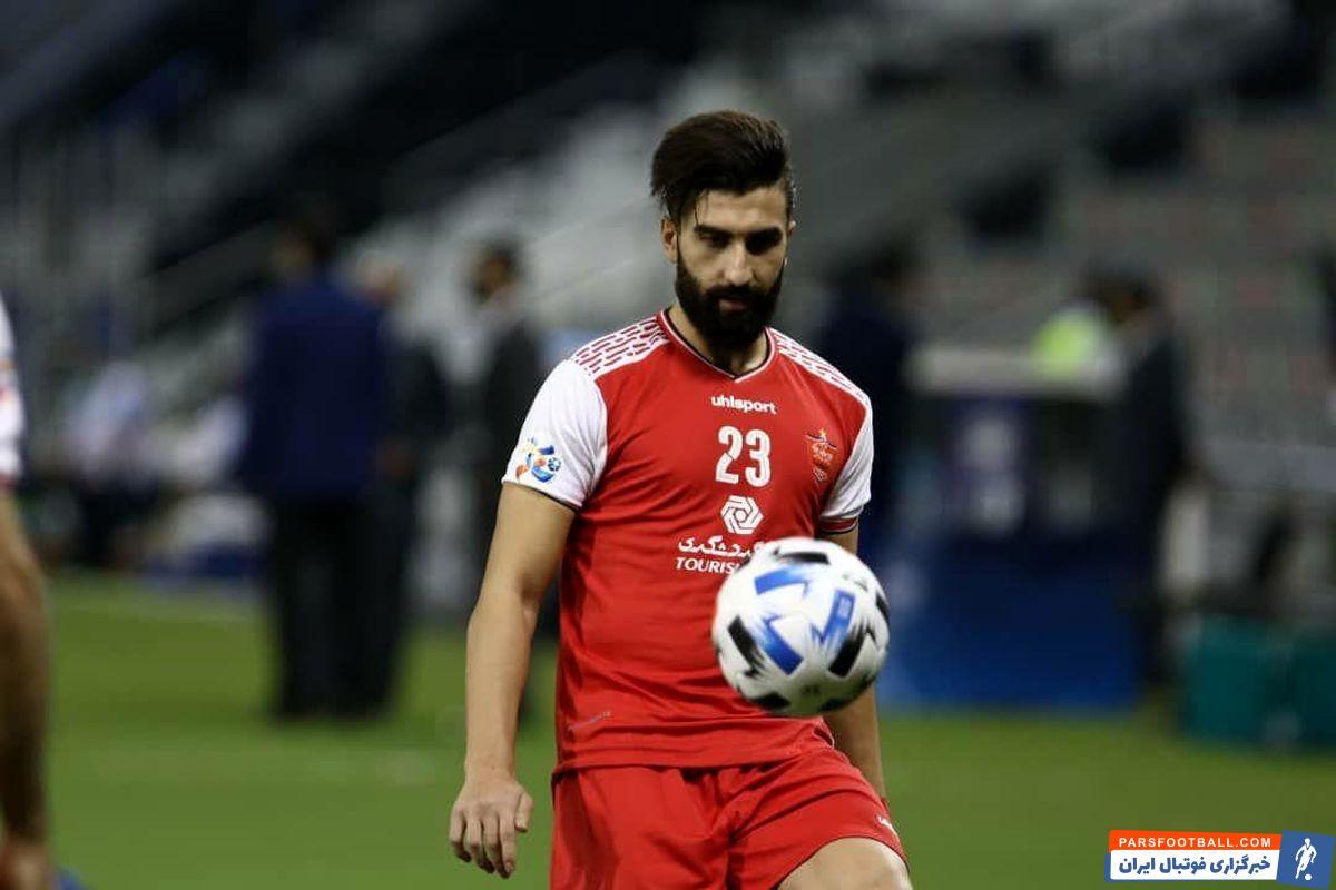 با محرومیت سعید آقایی در بازی با صنعت نفت آبادان ، علی سجاعی در ترکیب پرسپولیس قرار گرفت و عملکرد خوبی هم داشت و جواب اعتماد گل محمدی را داد.