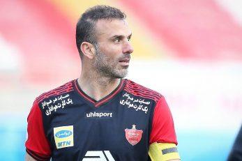 سیدجلال حسینی ، کاپیتان تیم پرسپولیس بعد از بازی با نفت مسجد سلیمان گفت : ما در شرایط عادی هم مشکلات زیادی داشتیم که AFC تیر آخر را به ما زد.