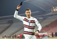 کریستیانو رونالدو در دیدار دیشب تیم ملی پرتغال مقابل لوکزامبورگ یک گل زد تا فاصله اش با علی دایی را به عدد ۶ برساند و ۱۰۳ گله شود.