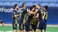 باشگاه پاختاکور ازبکستان ، رقیب تراکتور در لیگ قهرمانان آسیا ، در دو بازی اول لیگ ازبکستان پیروز شد و در صدر جدول لیگ این کشور قرار گرفت .