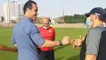 علی کریمی ایران را به مقصد امارات ترک کرد و در آکادمی شباب الاهلی حضور یافت و علاوه بر تماشای تمرین بازیکنان، با مسئولان این تیم دیدار کرد.