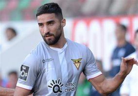 تیم العربی با نتیجه ۴ بر ۱ تیم السیلیه را شکست داد . در این بازی مهرداد محمدی برای العربی یک گل زد و یک پاس گل هم داد . رامین رضاییان هم پاس تک گل السیلیه را داد.