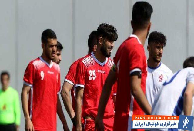 تیم امید پرسپولیس در هفته چهاردهم لیگ امید های تهران مقابل تیم پیکان به تساوی بدون گل رسید . پیکان از مدعیان قهرمانی امید های تهران است.