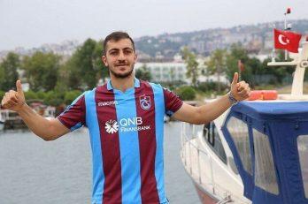 رسانه های ترکیه ای خبر دادند که پیشنهاد سیدمجید حسینی برای تمدید قرارداد با تیم ترابوزان اسپور ترکیه مبلغ نهصد هزار یورو بوده است.