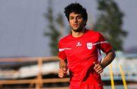 به گزارش رسانه رسمی باشگاه تراکتور ، پیمان کشاورز ، مدافع پیشین تراکتور که فصل قبل در سبابیل آذربایجان توپ می زد ، به این تیم برگشت.