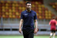 جواد نکونام در گفتگویی گفت : صالح حردانی باید به تیم ملی دعوت شود و به نظر من بهتر از این است که یک چپ پا در سمت راست خط دفاعی قرار بگیرد.