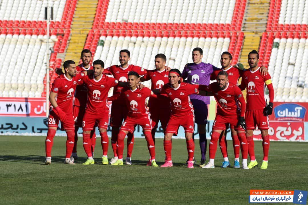 تیم تراکتور در گروه خودش در لیگ قهرمانان آسیا رقبای قدرتمندی دارد و در دیدار اول هم باید به مصاف پاختاکور که فصل گذشته استقلال را حذف کرد ، برود.