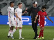 در پایان بازی یورگن کلوپ که شکست تیمش را پذیرفته بود، در حضور محمد صلاح به سمت تونی کروس و ادر ملیتائو رفت و به آنها تبریک گفت.