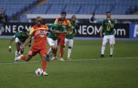 در بازی دوم مرحله گروهی لیگ قهرمانان آسیا ، تیم فولاد با تک گل لوسیانو پریرا ، تیم الوحدات اردن را شکست داد و صدرنشین شد.