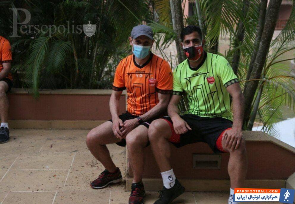تمرین بدنسازی بازیکنان پرسپولیس در 2 گروه و ادامه ناهماهنگیها در هند