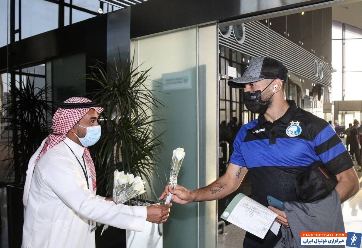 کاروان تیم فوتبال استقلال برای حضور در رقابتهای لیگ قهرمانان آسیا دیروز عازم عربستان شد و به شهر جده رسید.