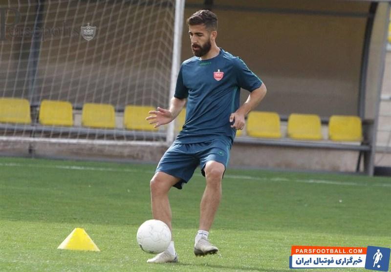 فرشاد فرجی ، مدافع جدید پرسپولیس که به علت بیماری کرونا مدت زیادی از تمرینات دور بود ، در بازی با الریان قطر بالاخره فیکس شد .