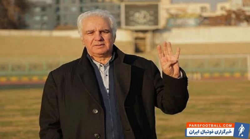 جواد قراب ، پیشکسوت باشگاه استقلال گفت : سیدجلال حسینی در برخورد با دیگر تیمها طوری هستند که انگار با دشمنان کشور مبارزه میکنند.