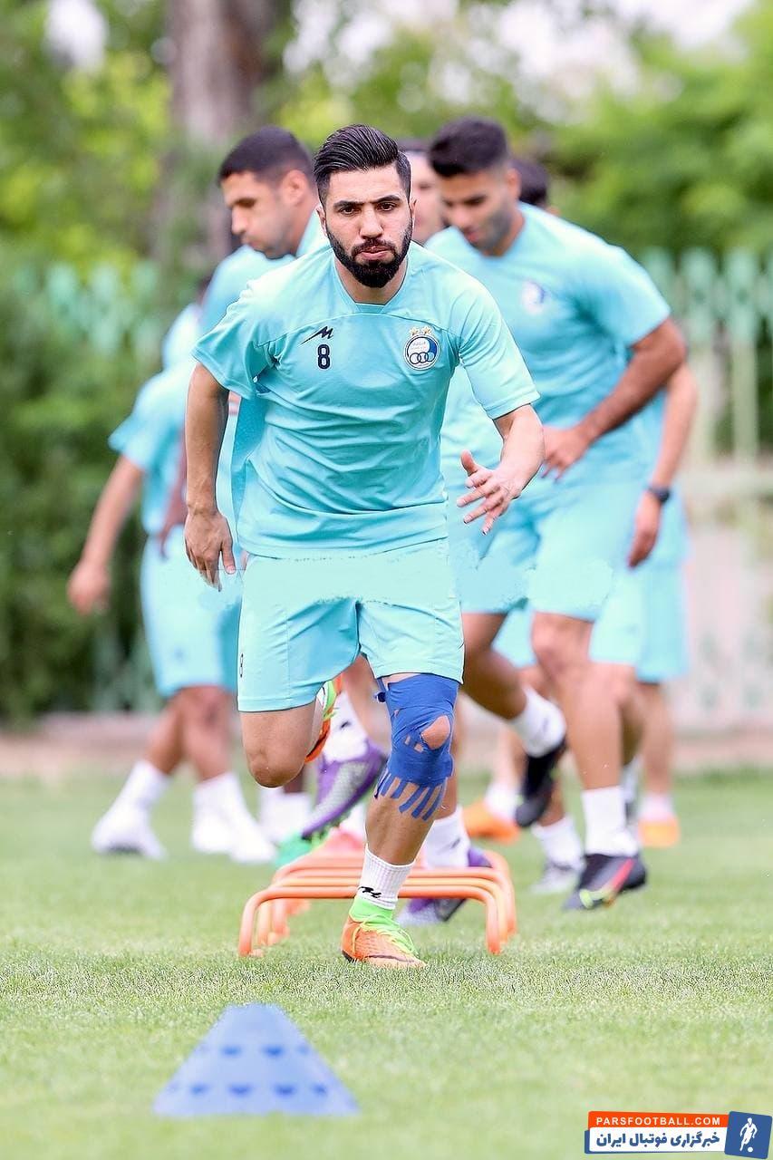 فرشید اسماعیلی در تمرین روز گذشته نیز را استارت های سریع و شرایط خوب بدنی نشان داد انگیزه زیادی برای بازی کردن مقابل پرسپولیس دارد.