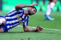 مهدی طارمی ، ستاره تیم پورتو پرتغال درحالی که در این هفته دو گل به ثمر رساند و دو پاس گل هم داده است اما در ترکیب منتخب هفته لیگ پرتغال قرار نگرفت که این اتفاق موجب اعتراض شدید هواداران پورتو شد.