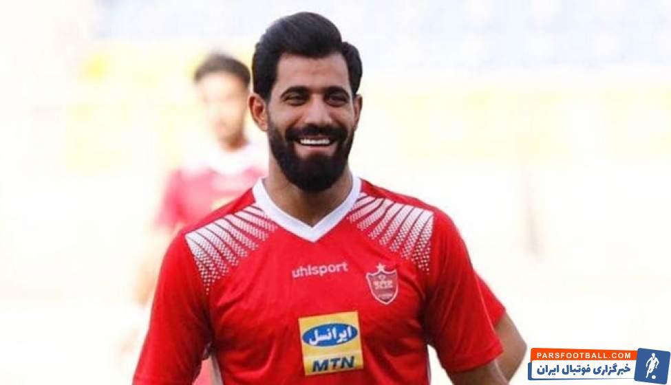 محمدحسین کنعانی زادگان ، مدافع تیم پرسپولیس گفت : پورقاز توپ را به سمت کادرفنی ما شوت کرد و درگیری ها از آن جا شروع شد.