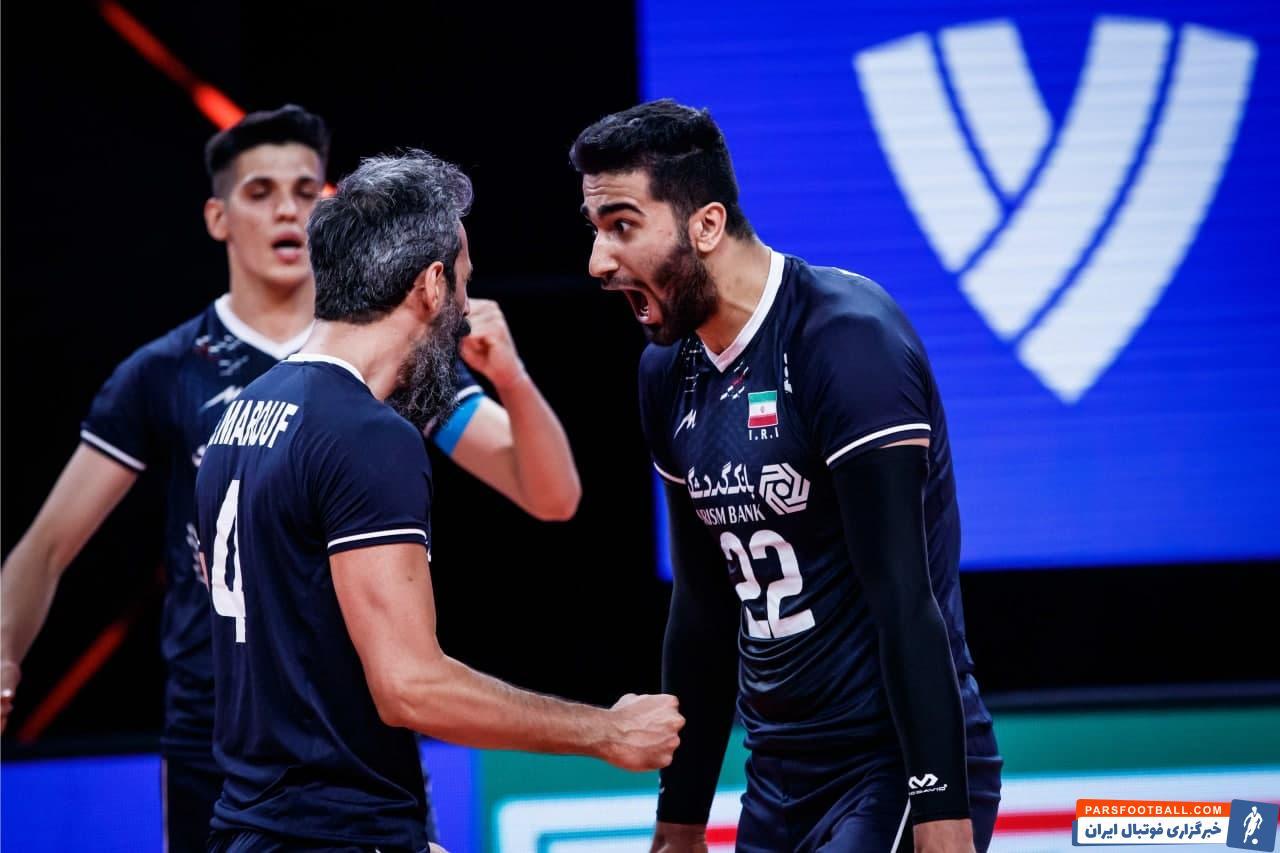 امیرحسین اسفندیار در دقایقی دیدار تیم ملی والیبال مقابل بلغارستان عملکرد ضعیف داشت اما با کمک معروف توانست خود را به بازی برگرداند.