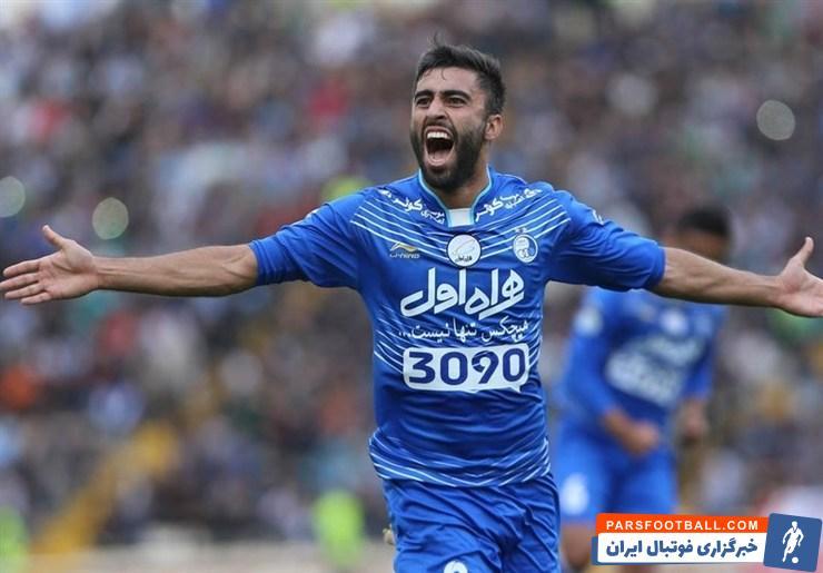 پس از این که نام کاوه رضایی در فهرست خروج استقلال قرار گرفت ، هواداران استقلال امیدوار شدند که او به ایران برگردد اما رضایی چنین تصمیمی ندارد.