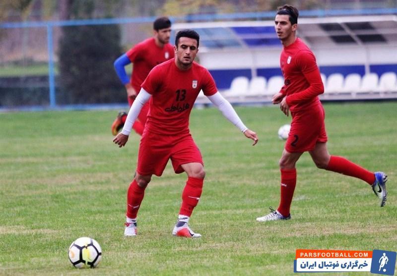ابوالفضل رزاق پور ، ستاره جوان تیم تراکتور گفت : در ادامه فصل با انگیزه بالا تلاش خواهیم کرد که سهمیه آسیایی را برای هواداران تراکتور کسب کنیم.
