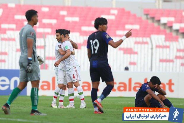در ادامه مسابقات مقدماتی جام جهانی ، تیم عراق در برابر تیم هنگ کنگ به پیروزی یک بر صفر رسید تا تیم ملی ایران در بازی آخر فقط با برد صعود کند.