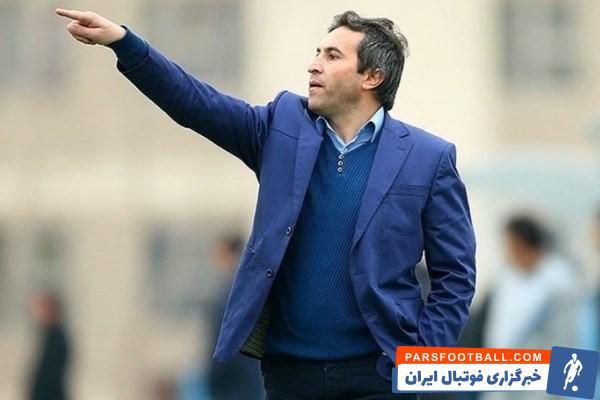 علی لطیفی ، پیشکسوت استقلال گفت : اسکوچیچ باید همان ترکیب بازی با عراق را در دیدار با کامبوج هم قرار دهد تا بازیکنان هماهنگ شوند.