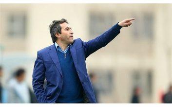 علی لطیفی : اکنون تیم ملی شناور بازی میکند و در فاز حمله هم خیلی خوب عمل میکند