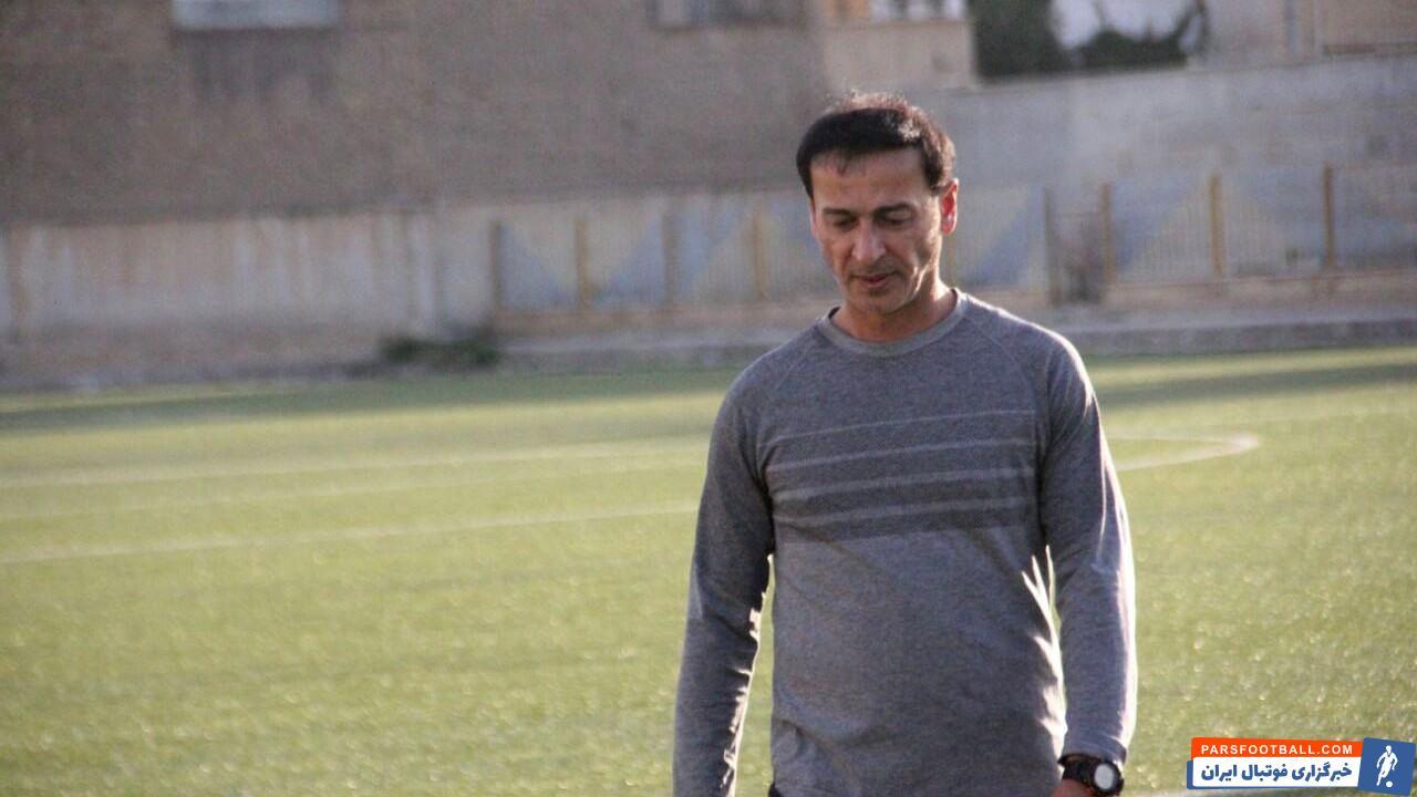 محسن عاشوری : بهترین تصمیم برای آینده تیم ملی تمدید قرارداد اسکوچیچ است