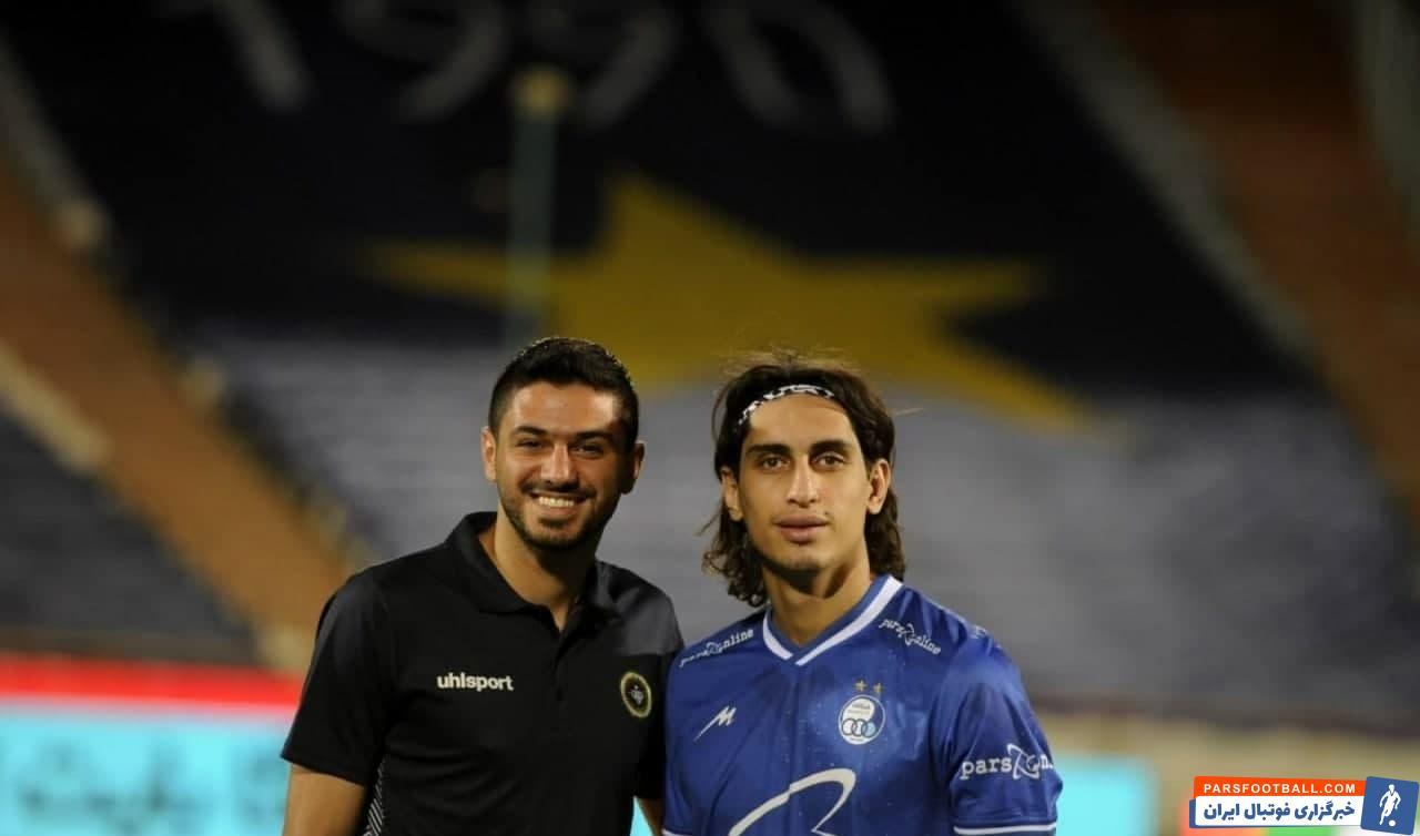 شایان مصلح و محمد نادری که در نیم فصل دوم لیگ هیجدهم خط دفاعی پرسپولیس را تشکیل می دادند، روز گذشته در لباس رقیب، از جشن قهرمانی دور بودند.