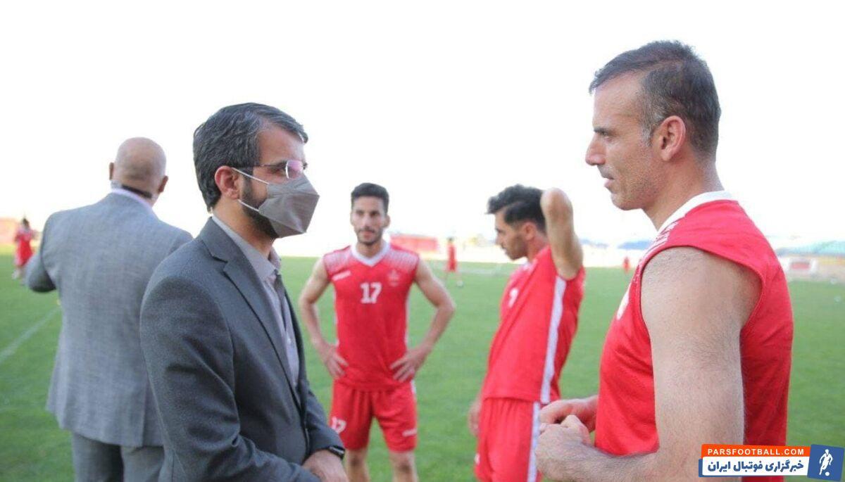 پس از حضور جعفر سمیعی مدیرعامل پرسپولیس در تمرین این تیم یحیی گل محمدی در حضور او از بازیکنان تیمش و سیدجلال حسینی تعریف و تمجید کرد.