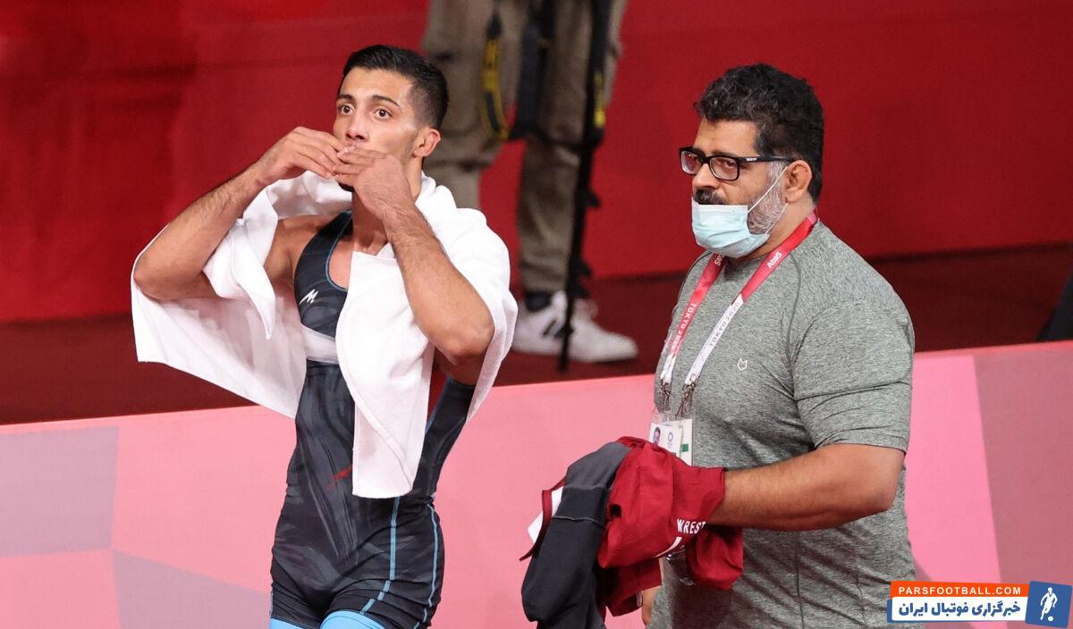 محمدرضا گرایی فرنگی کار المپیکی ایران گفت: دنبال این هستم با کشتی حساب شده و کسب مدال طلا دل مردم را شاد کنم.