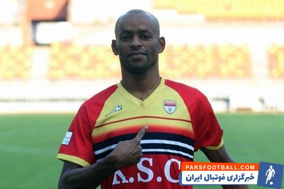 باشگاه استقلال با لوسیانو پریرا و جعفر سلمانی به توافق نهایی رسیده است