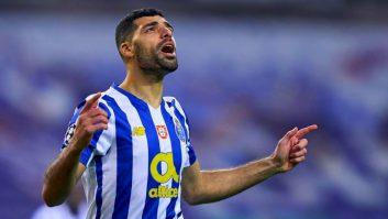 مهدی طارمی یکی از بازیکانان خوب در بازی فیفا 2022 است اما ملیت او به اشتباه ثبت شده است