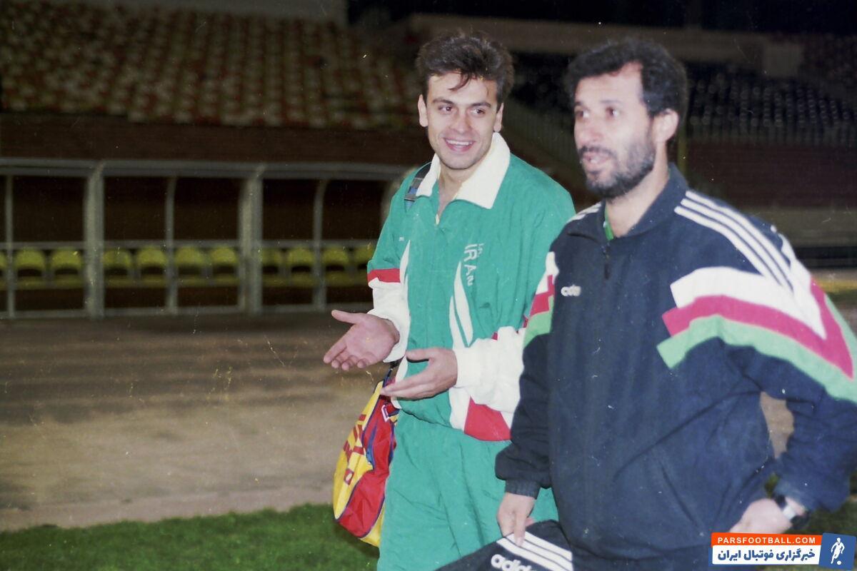 این عکس مربوط به زمانی است که محمد مایلی کهن سرمربی پیشین تیم ملی روی نام رضا شاهرودی در آستانه سفر به جام ملتهای آسیا قلم قرمز کشید.
