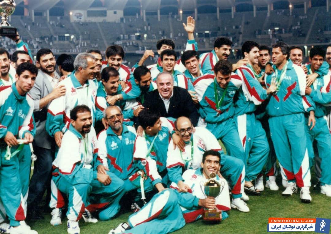 تصویری زیرخاکی از جشن ستاره های استقلال و پرسپولیس در تیم ملی